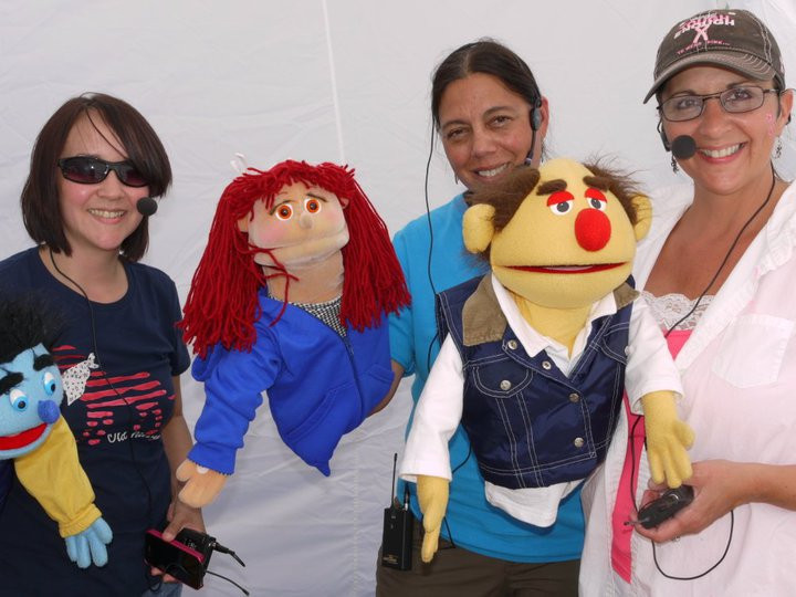 Puppeteers!