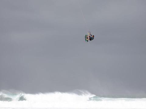 How is kiteboarding in Sydney in winter?