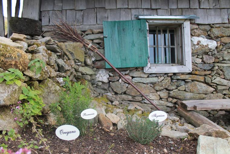 Almhütte Garten Annette und Michael Walser