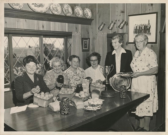 Preparing preserves for the Saanich Fair, ca. 1952 (Saanich Pioneer Society Museum 1989-001-1323; Archives F2051Ph #10)