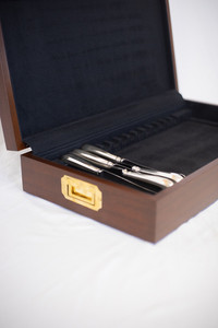 Lined Silver Chest with Knife Rack