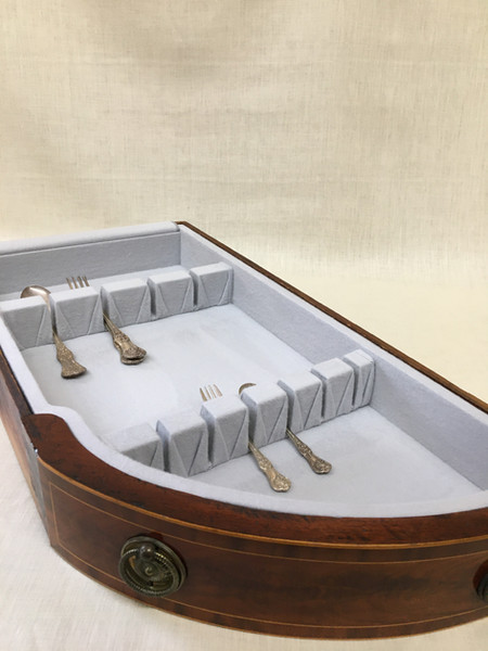 Insert for Curved Drawer with Pleated Flatware Holders