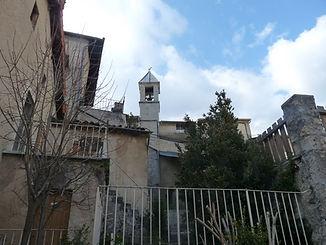 Village de Valdrôme où se situe l'auberge de Valdrôme dans le Haut-Diois entre Vercors et Baronnies : hébergement, gîte d'étape, bar, restaurant