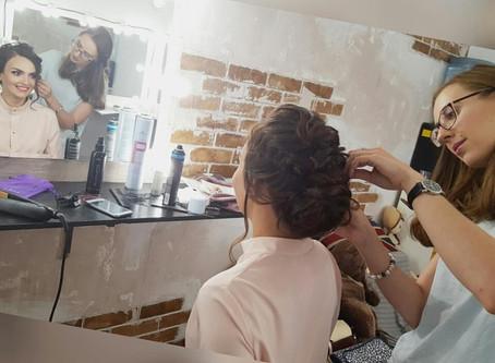 Как правильно подготовить волосы к причёске?