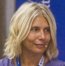 Lara Albanese.jpg