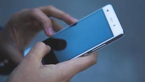 Governos usaram software para invadir celulares de jornalistas e opositores, diz imprensa