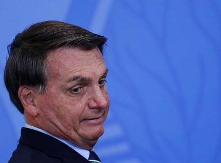 Entidades sindicais da saúde apresentam queixa à Haia contra Bolsonaro por crime contra a humanidade