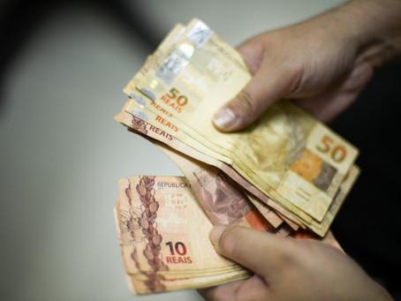Docentes federais terão descontos maiores no salário a partir de março