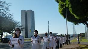 Residentes estão em greve após dois meses sem receber do Ministério da Saúde