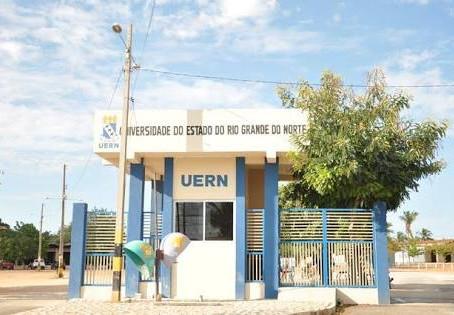 Aduern SSind. cobra pagamento de 13º e férias aos docentes provisórios da Uern