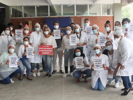 Servidoras e servidores da UESC são vacinados contra Covid-19