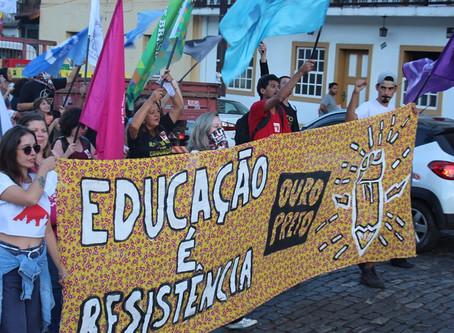 ADUFOP forma Frente da Educação junto ao ASSUFOP e ao SINASEFE-IFMG