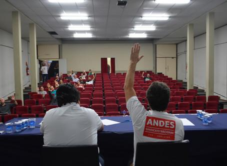 Assembleia Geral ADUFOP aprova paralisação em 2 de outubro