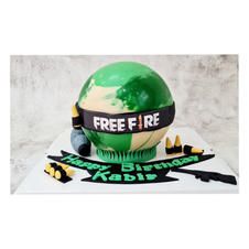 Free Fire Pinata Cake