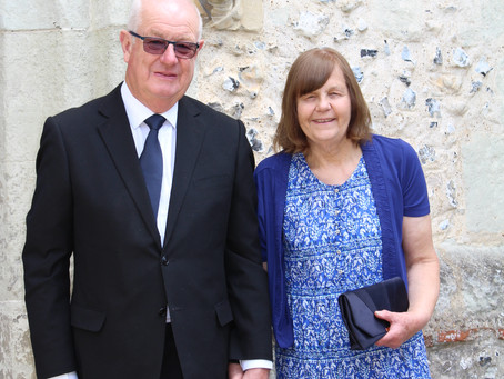 Meet the wonderful duo, Tony and Pauline Drewitt, Authors of 'Bubbly Bean from Godstone Green'