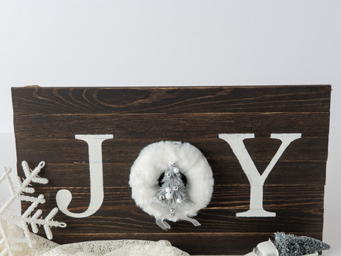 Easy DIY Rustic Joy sign!