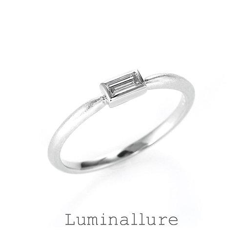 Hikari Diamond Ring / K18WG / 0.10ct