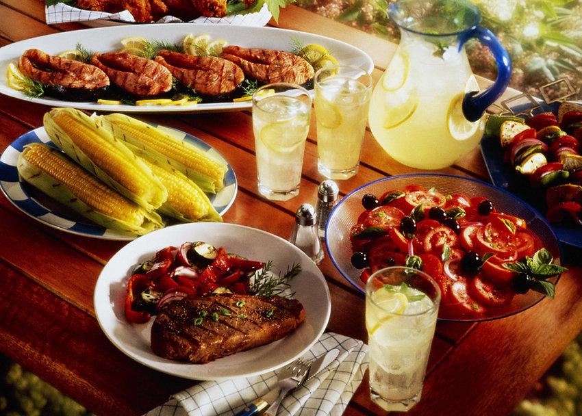 Cocktails maken en eten