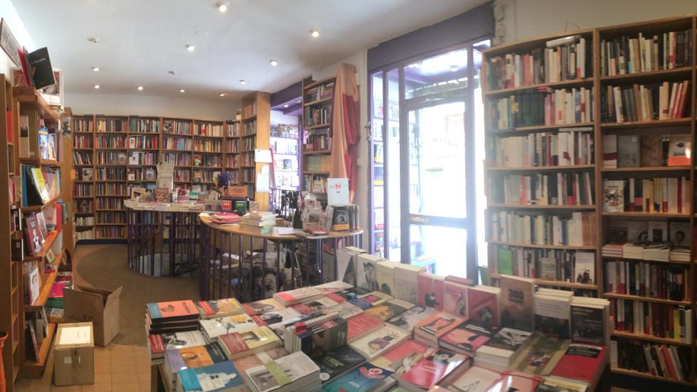 #Feminist Fridays - Librería Mujeres
