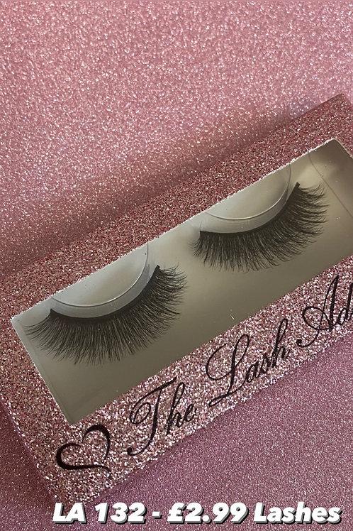 LA 132 Fluffy eyelashes , strip lashes