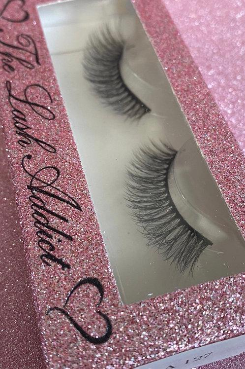 LA 127 Fluffy eyelashes , strip lashes