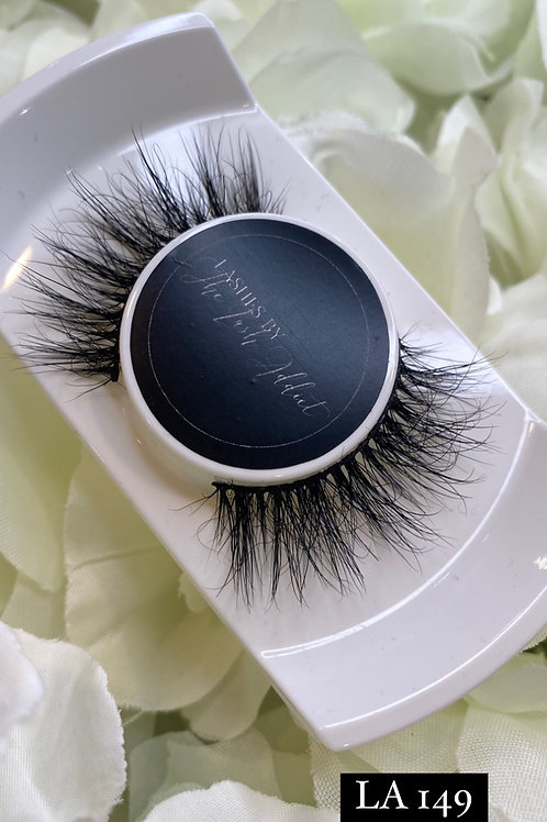 LA 149 fluffy Eyelashes