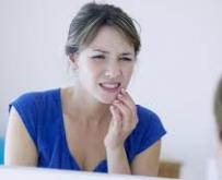 Dor de cabeça, tensão, ranger nos dentes? Pode ser disfunção da ATM