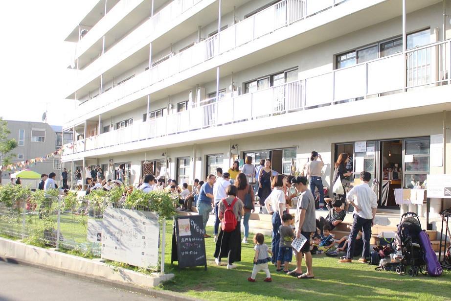 高円寺アパートメントマルシェ