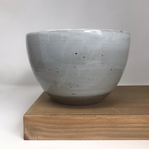 Serving bowl in Chun white