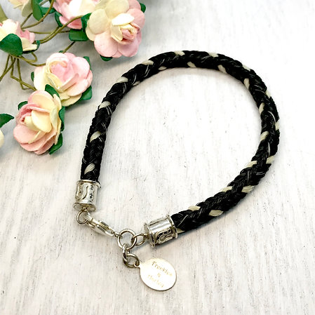 Horse Hair Bracelet with Horseshoe Design Endcaps