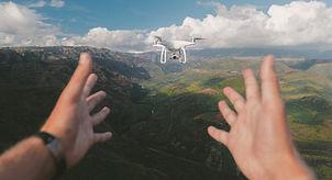 Bir Drone Uçan