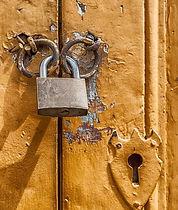 padlock-door-lock-key-hole-67537.jpeg