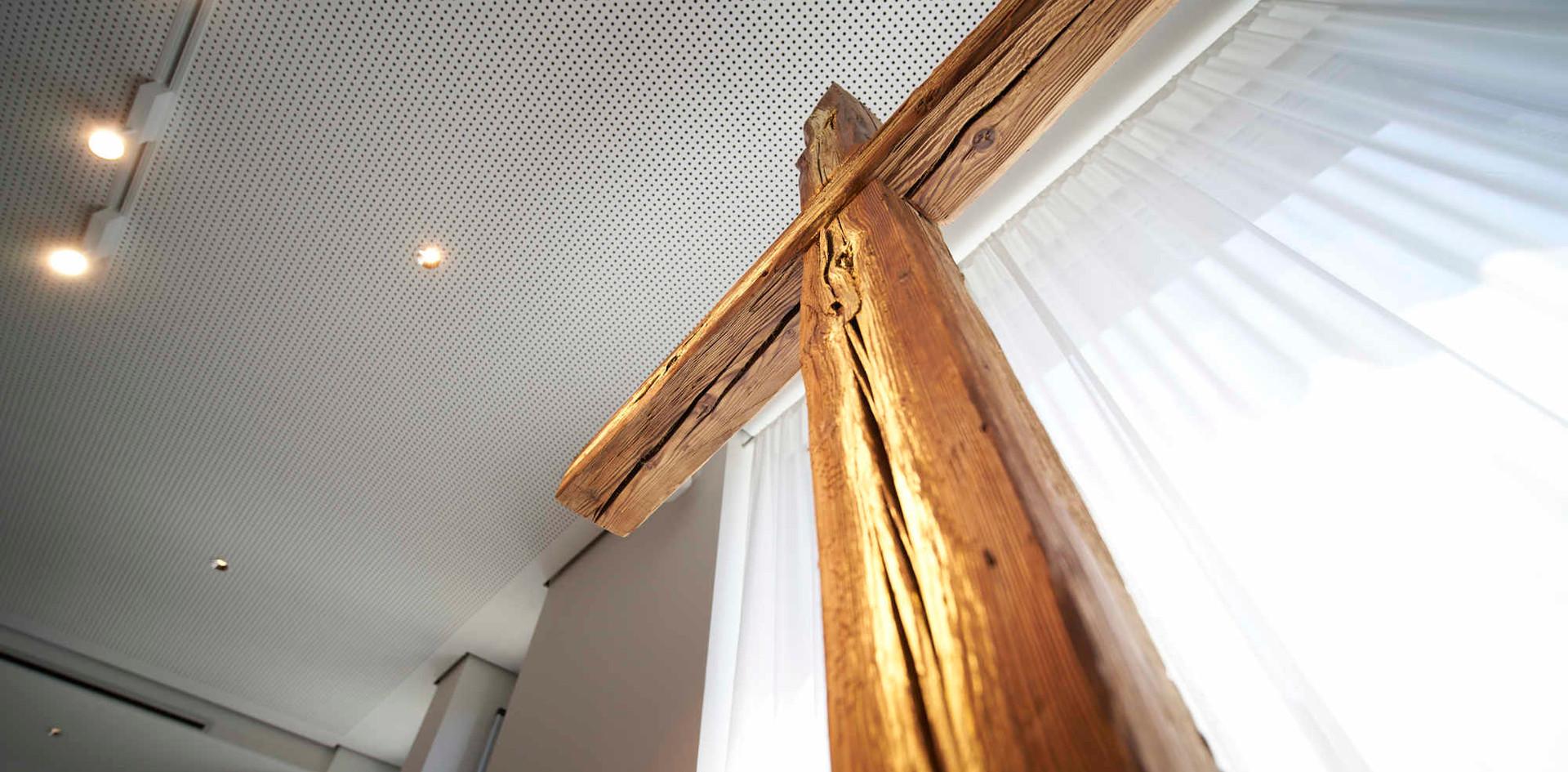 Gebetsraum Kreuz 4.jpg