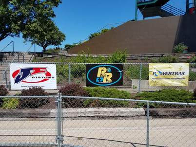 JE PRO SEAL PISTONS Banners on Display at Tracks Across the Country!