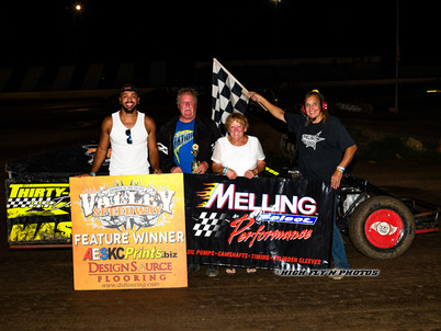 Gene Claxton wins Melling awards at Valley Speedway