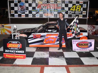Kingsport Speedway Racer Rewards Winner Billy Walters