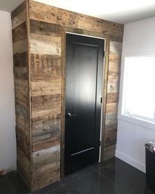 Demi-mur de bois de grange