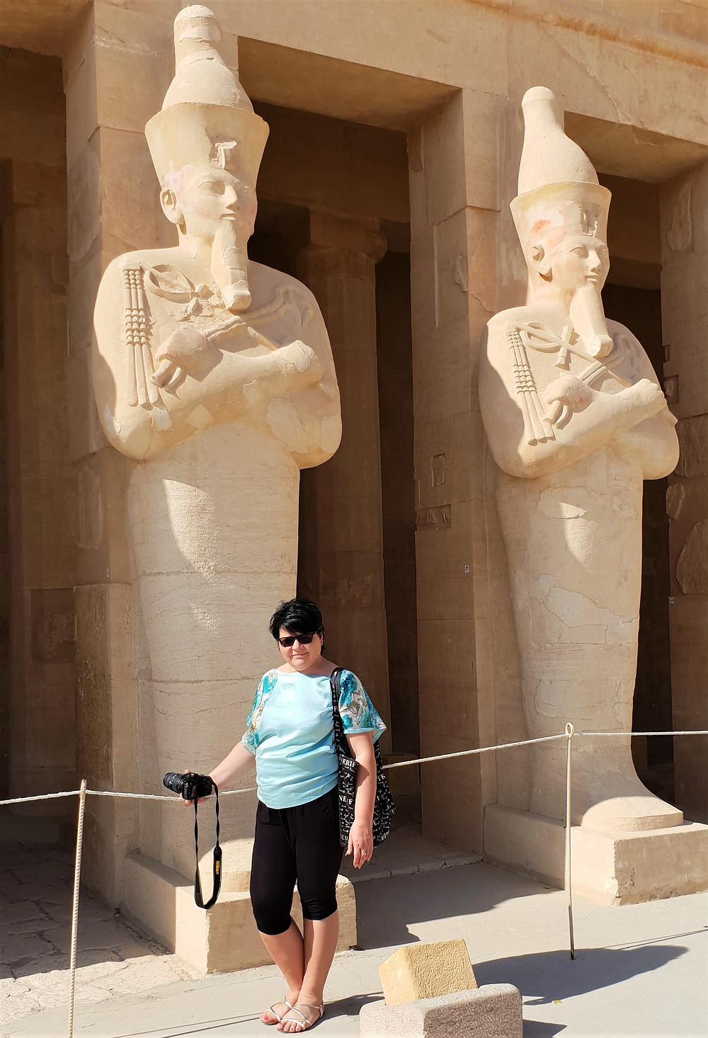 moteris, egiptas, faraono statula