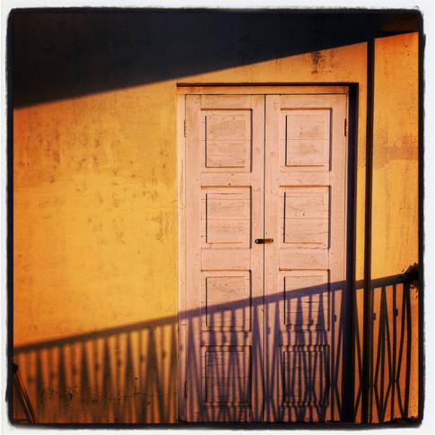 India yellow door.JPG
