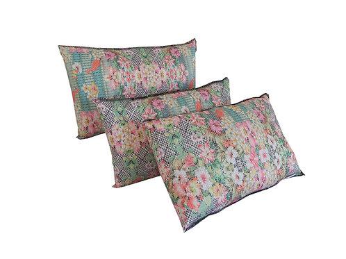 Almofada Decorativa em Tecido Floral