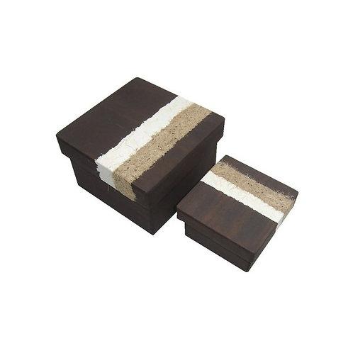 Caixa em Madeira Reflorestada com Papel Reciclado