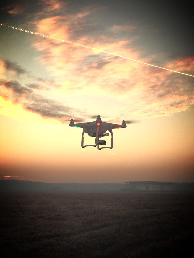Inchiriere drona