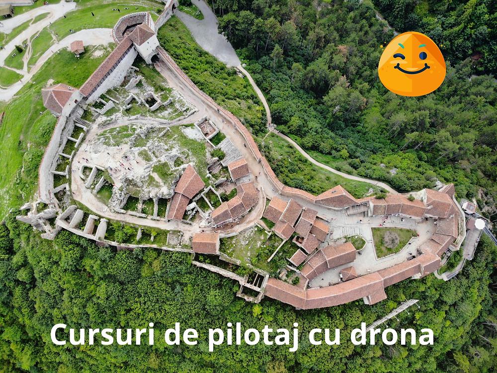 Cursuri de pilotaj cu drona