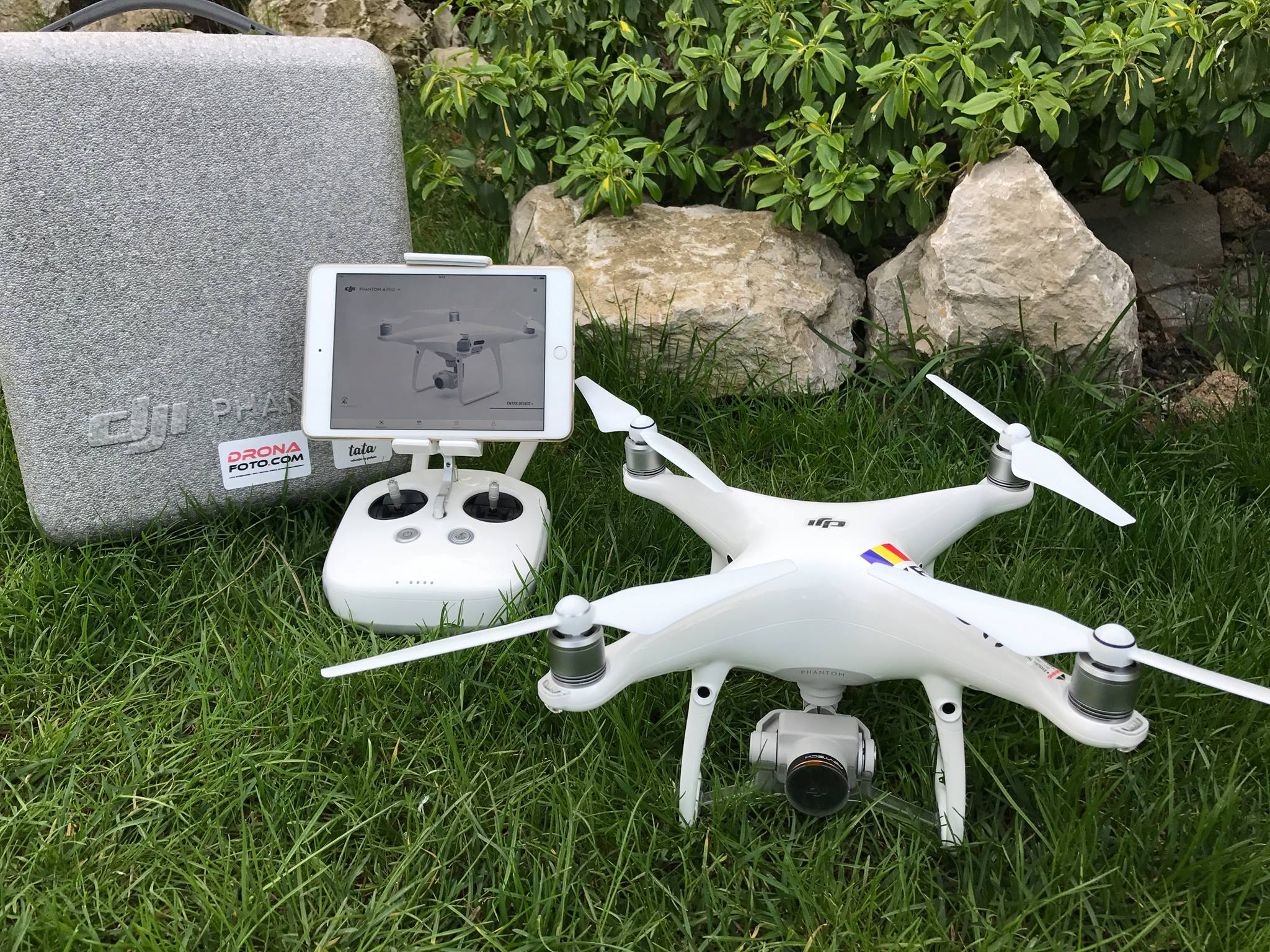 Închiriere_dronă_DJI_Phantom_4_PRO