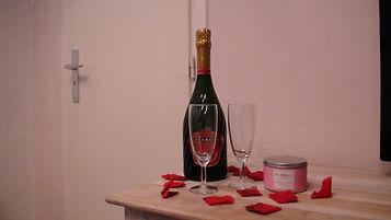 Chambres d'hôtes La Bastidasse - Champagne - Saint Valentin - Côte d'Azur - French Riviera - La Roquette sur Siagne