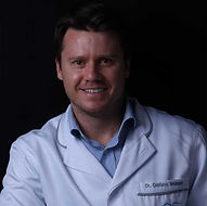 Dr. Gustavo Neumann endodontista.jpg