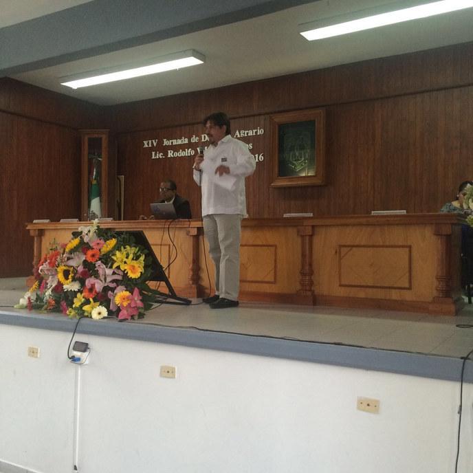 Nayar Paredes Abogado Agrario UAQ Queret