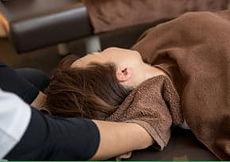 保険診療で行う頚部のマッサージ