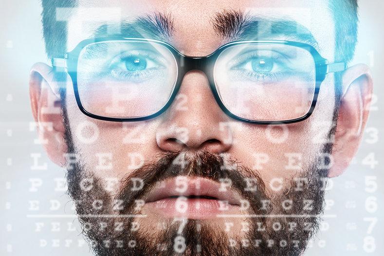 הסרת משקפיים.jpg