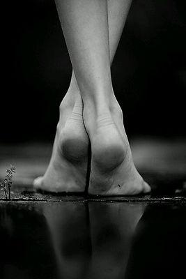 טיפול פדיקור לכפות הרגליים